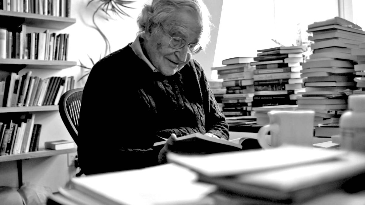 12 Books On Activism Recommended By Noam Chomsky | Radical Reads
